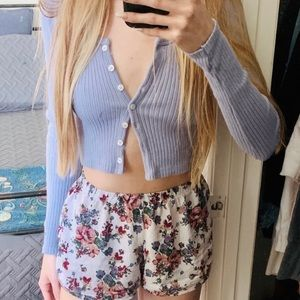 Brandy Melville button up long sleeved crop top